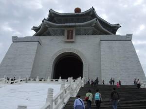 中世記念堂2