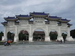中世記念堂3